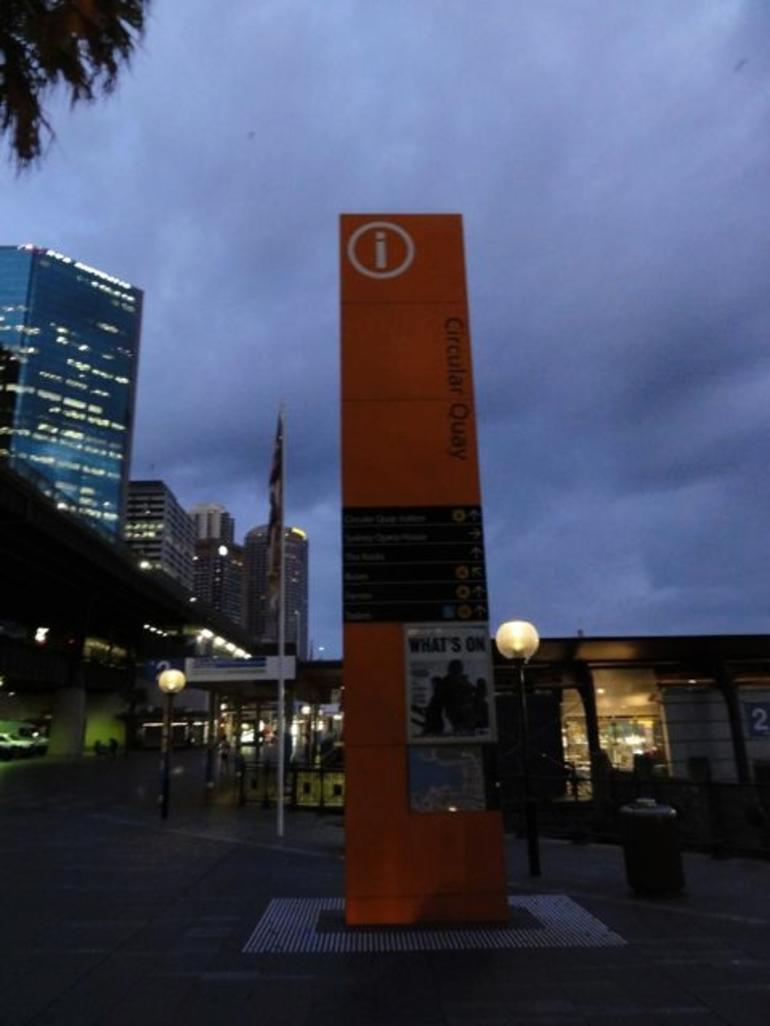 CQ sign - Sydney