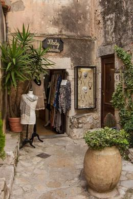 Beautiful medieval village with great shops. , Jini S - August 2013