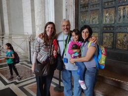 Nas portas da Capela Sistina , Gilson F - November 2013