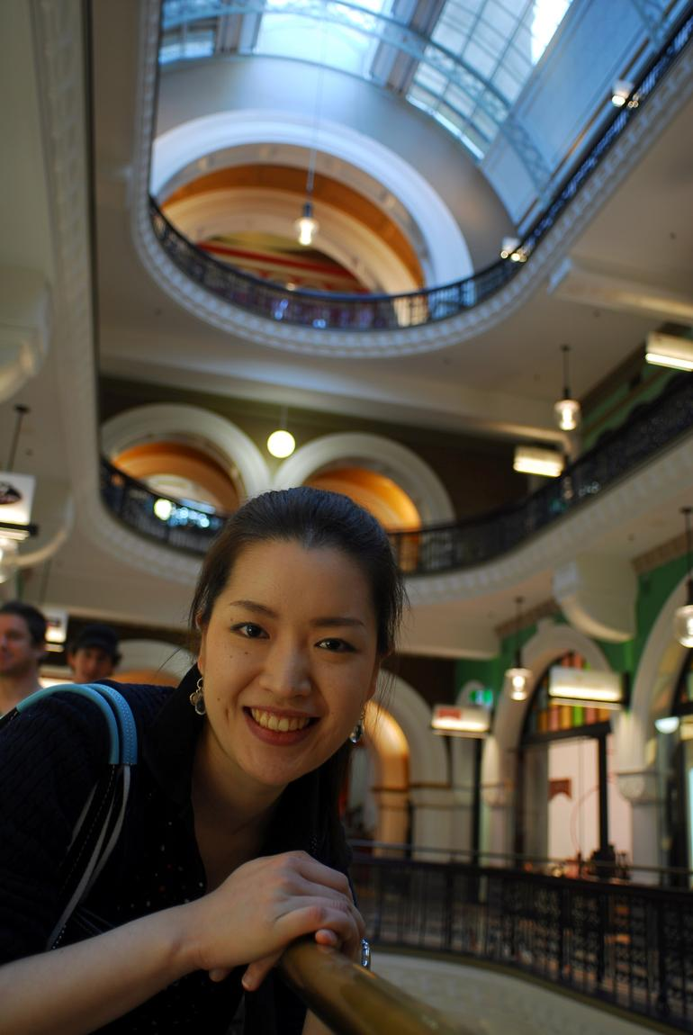 Rika Loves to Shop! - Sydney