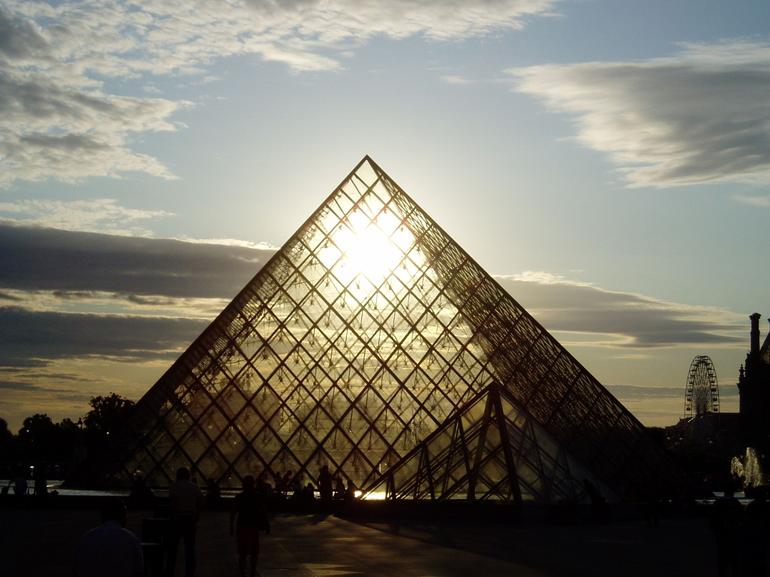Louvre sunset - Paris