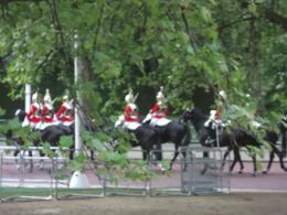 Changing of the gueard at Buckingham Palace , Lesli H - May 2013