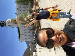 Seguimos el recorrido en la explanada Salzburgo , Virginia G - June 2015