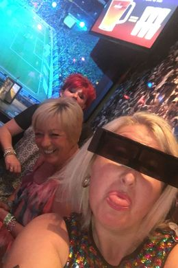 this was taken at players this is where you meet stay here for like 1 and half hours then off on the pub crwal , Marie H - June 2016