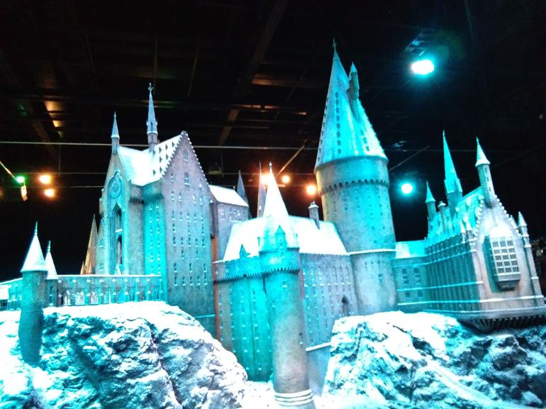 Fully Guided Tour of Warner Bros Studio Tour London – The Making of Harry Potter
