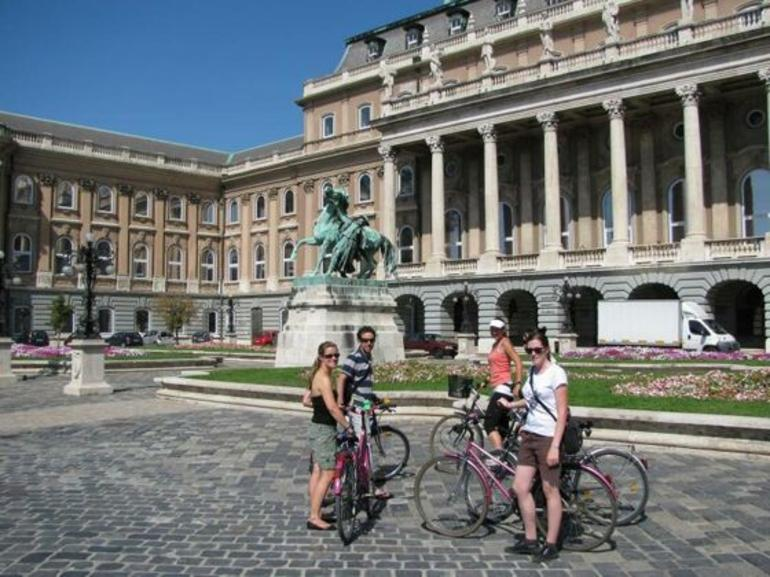budapest-bike-tour-013.jpg - Budapest