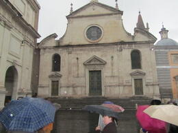 This is where the tour begins; such a significantly historic location. Pity about the rain! I can record that the smallish group were given several opportunities to 'give up'. A unanimous 'NO!' , Elizabeth J - November 2011