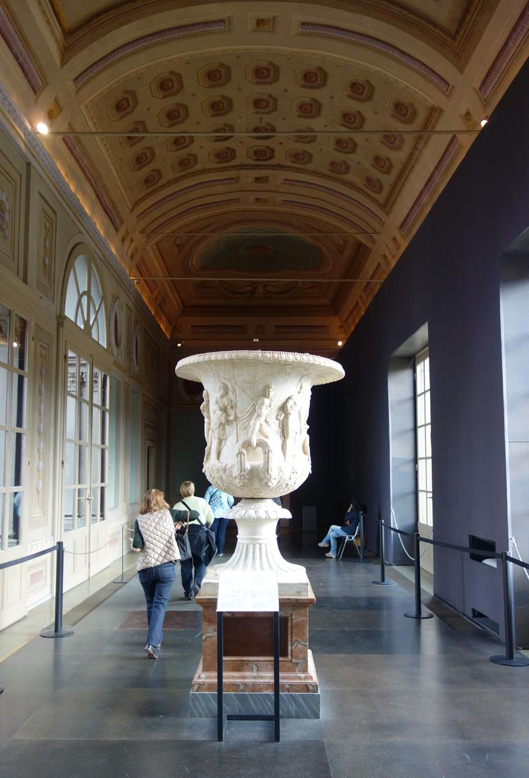 Semi Private Uffizi Gallery Guided Tour with Skip-the-Line photo 18