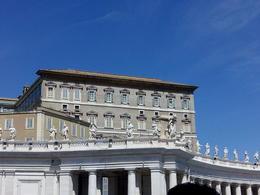 Estancias del Papa vistas desde la Plaza de San Pedro , JOAQUIN A - April 2014