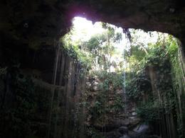 Ik Kil Cenote , Lizette S - June 2011