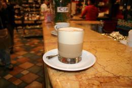 took a coffee break, Isabelle M - December 2009