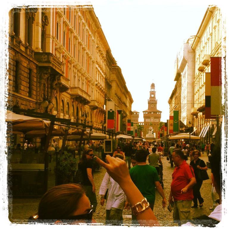 Via Dante - Milan