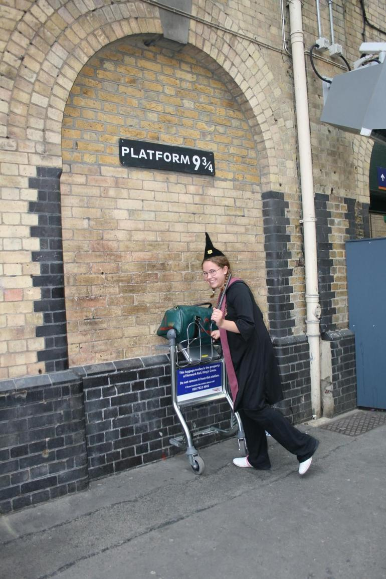 Jodey as a Hogwart's Wizard - London