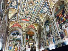 inside siena's cathedrale , elisa rr - September 2016