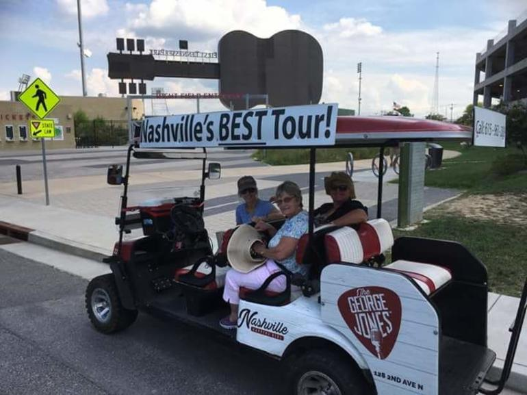 Explore the City of Nashville Tour by Golf Cart photo 19