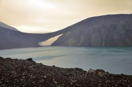 Hiking the trail of Landmannalaugar , RM - September 2015