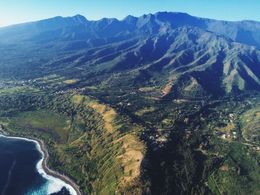 Soaring over the islands surrounding Maui, jenvald - February 2015
