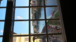 Crossing the Ponte Vecchio via a different path... the Vasari Corridor route! , B C D - November 2014