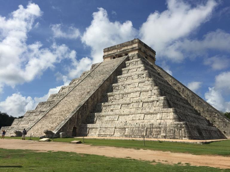 Chichen Itzá Ik Kil Cenote Valladolid Colonial All Fees includes