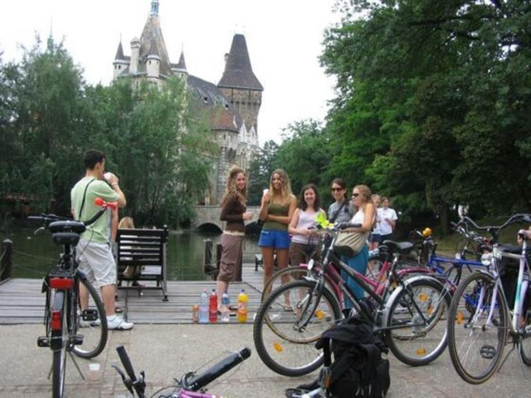 budapest-bike-tour-022.jpg - Budapest