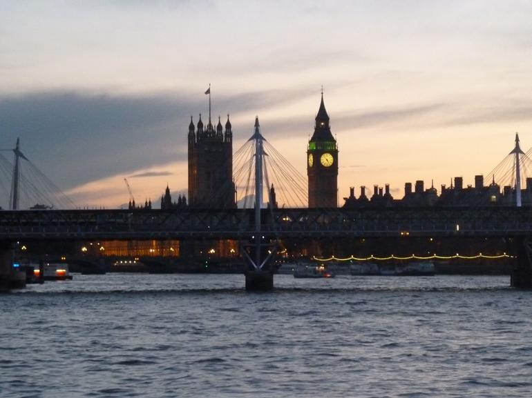 Dusk on the thames - London