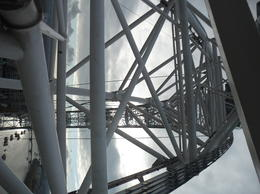 I wanted to get kind of an artsy picture with all the beams. The ride is super smooth, you'd hardly realize you were going around a huge Ferris Wheel if you weren't able to look outside., CoyoteLovely - November 2011