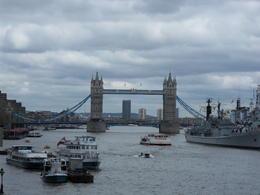 Super plan pris d'un autre pont grace a notre chauffeur prive. , PETIT A - June 2013