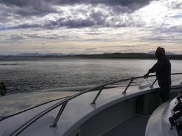 Looks fairly grey here, but most of the seven hour cruise was enjoyed in lovely mild weather., Greg C - March 2008