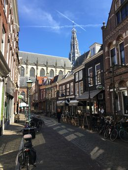 Street view with Grote Kerk in the background , parksakry - April 2016