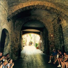 People resting from the hot sun in San Gimignano. , Eva L - August 2015