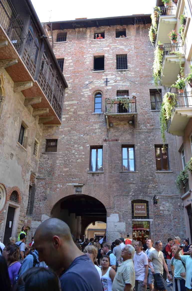 Juliet's courtyard - Verona