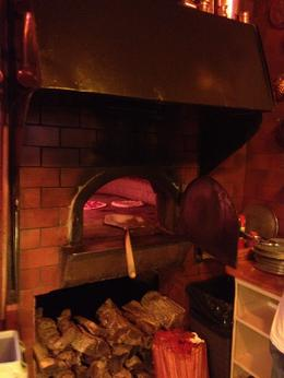 oldest wood-fired pizza oven in america, Ginjabread - May 2014