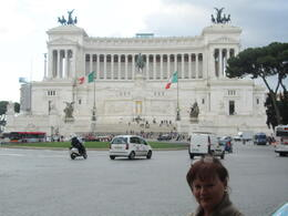 Here is Elizabeth with the 'wedding cake' behind her. Not on the tour but worth making the effort to climb up to the rear of it and ascending the elevator for a magnificent view over Rome. [You can..., Elizabeth J - November 2011