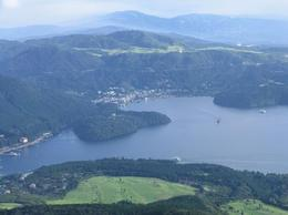 Lake Ashi below. - September 2008