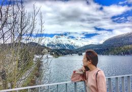 This is me. Taking advantage of the beautiful scenery! Like a postcard. 3 , tamayo_meg - May 2017