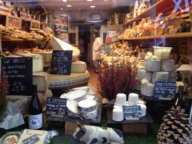 A fabulous cheese shop - Paris