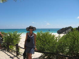 And here's me infront of the beautiful ocean at Tulum! , Patricia A - March 2014