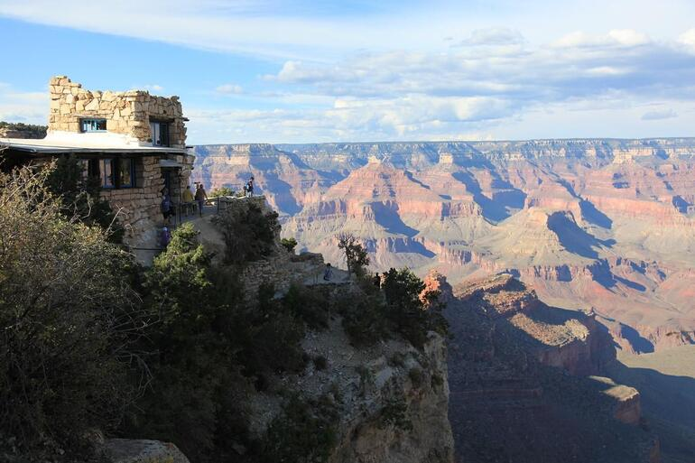 Bright Lodge - South Rim - Las Vegas
