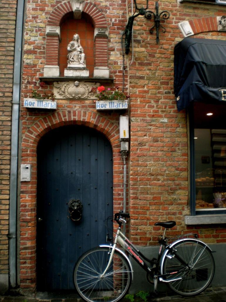 Bruges side streets - Brussels