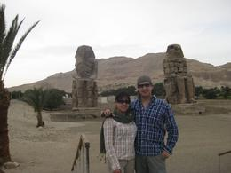 Laura and Juan at Colossi of Memnon., Juan Jose G - May 2010