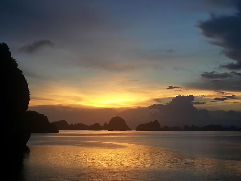 Sunset over Halong Bay - Hanoi