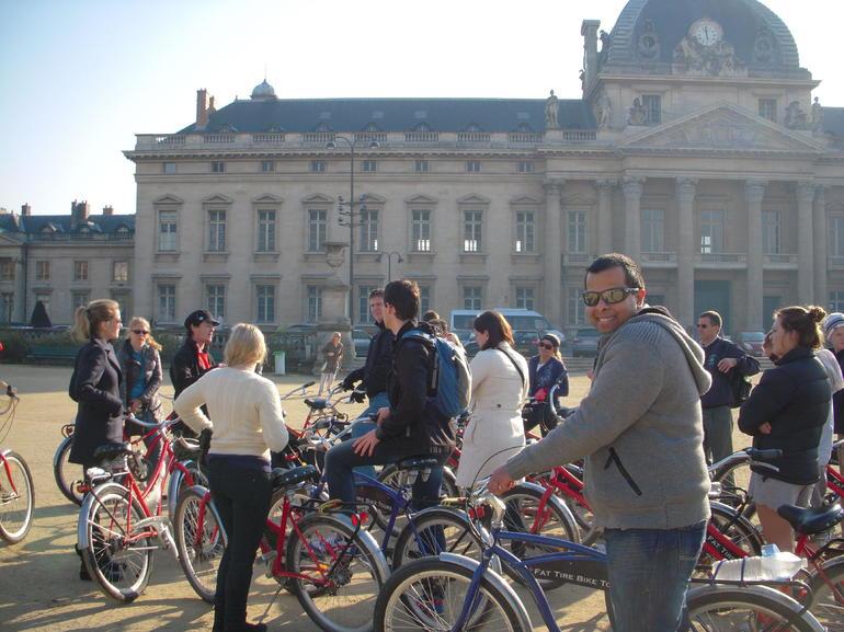 The First Stop!! - Paris