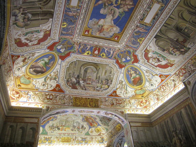 Vatican Museums and Sistine Chapel Tour - 2012 - Rome