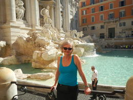Virginia Mott in front of the Trevi Fountain , David M - August 2017