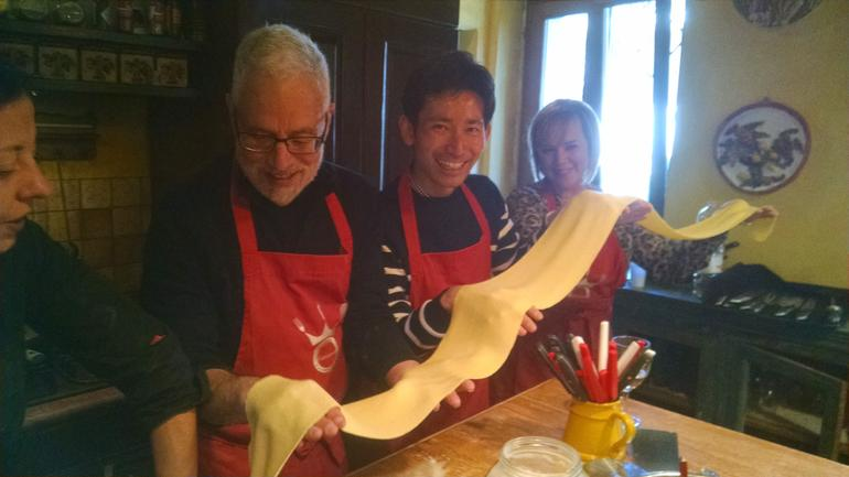 Small-Group Cooking Lesson in Roman Countryside photo 11