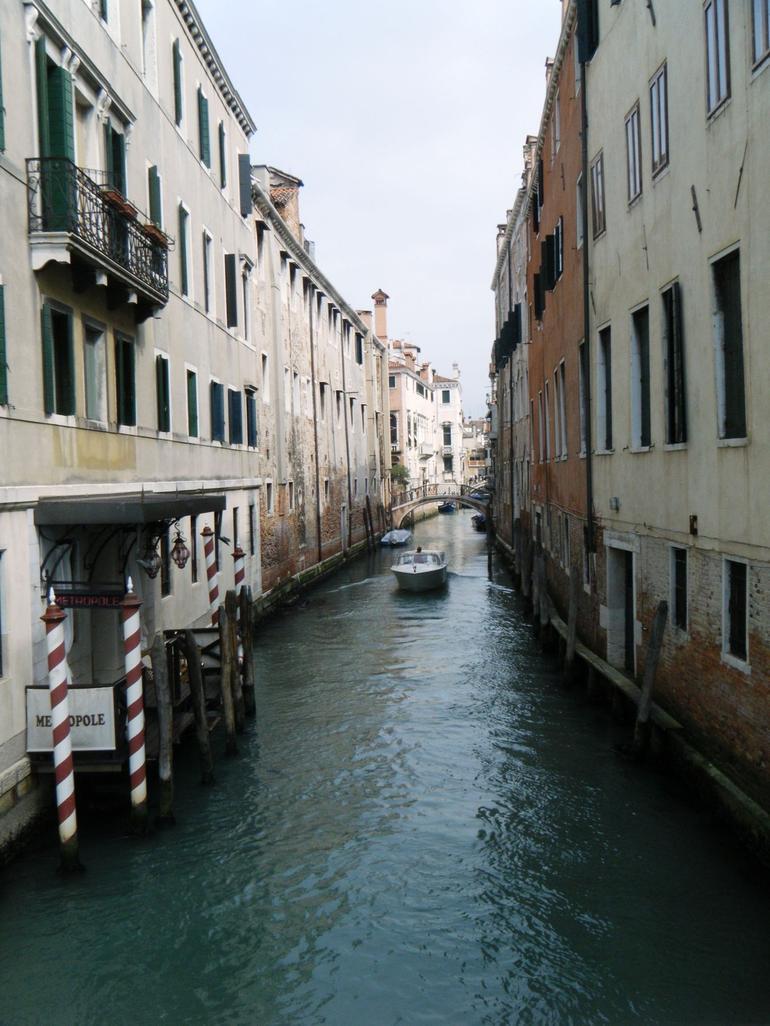 Gondola Ride - Milan
