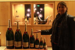 Shame there was only one glass for each person! , Colleen W - October 2012
