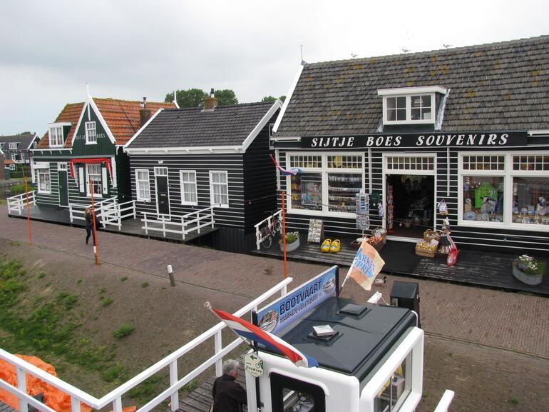 Souvenir shop in Marken - Amsterdam