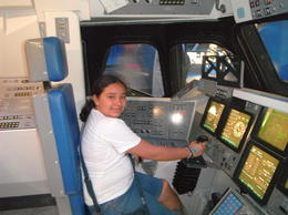 En la sala del Atlantis , Ma Cristina O - August 2013