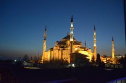 La mezquita azul amaneciendo. , hgarciacesar - March 2014